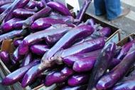 Berenjenas / Eggplants. Barrio chino / Chinatown.